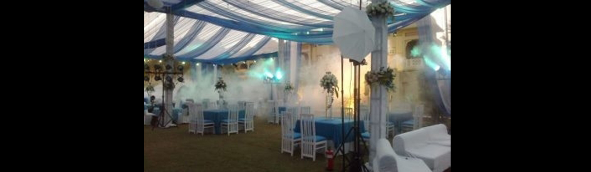 WHITE & BLUE SKY WEDDING THEME