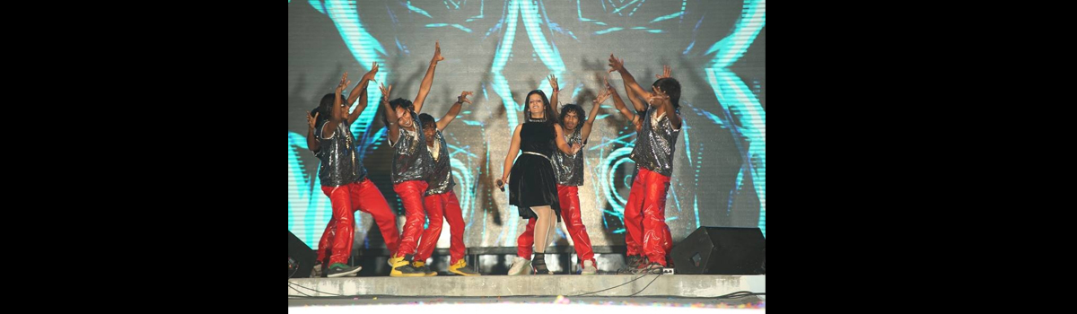 CELEBRITY ANVI SARKAR from Indian Idol 4 Performing for Asia's Biggest Newyear' 2013 Event at Hyderabad
