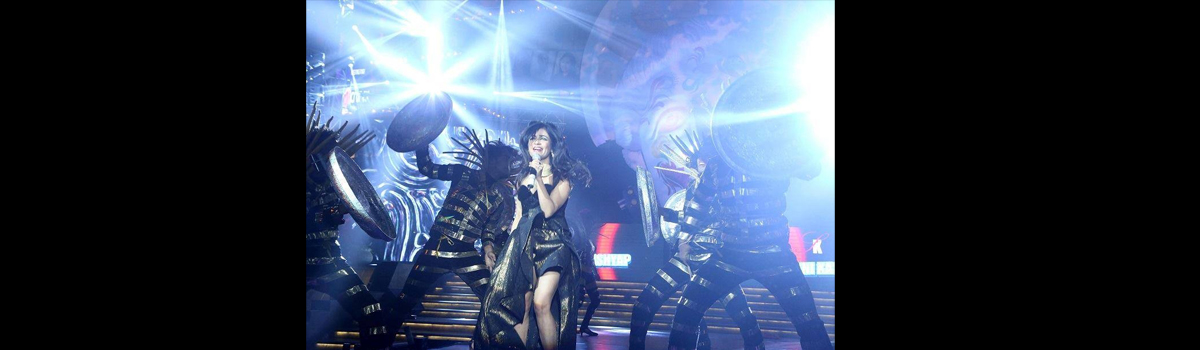 "Bollywood Celebrity playback Singer ""SHIBANI KASHYAP"" performing for Corporate Event"